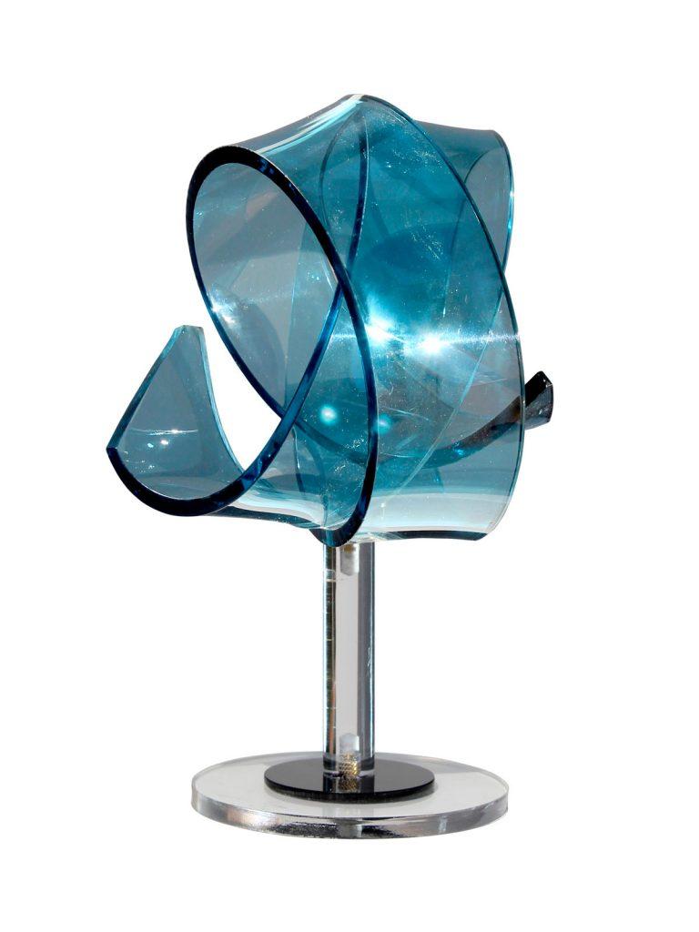 Scultura_Corpo_Luminoso_Blu_Plexiglass